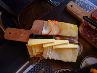 portuguese cheese and sausage served in our gourmet food tours in Lisbon at Treasures of Lisboa