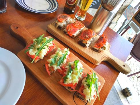 the best codfish toasts in Lisbon to be tasted with Treasures of Lisboa Food Tours, the best Food Tour in Lisbon.